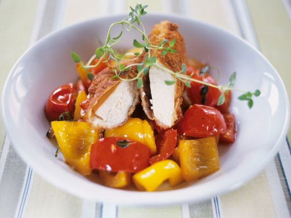 Panierte Hähnchenbrust mit Paprika