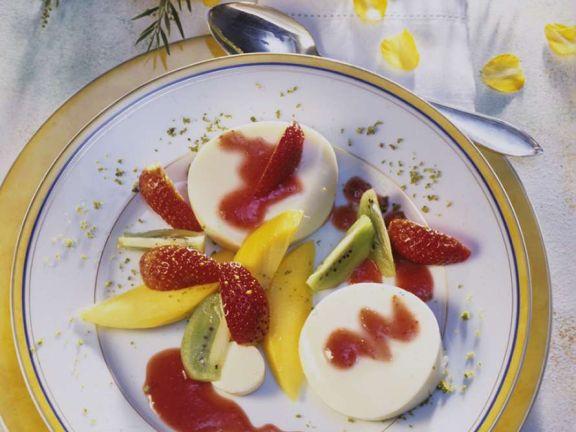 Panna Cotta mit Obst