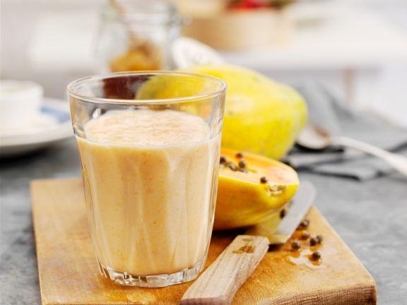 Papayasmoothie mit Pfirsich