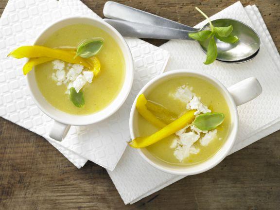 Paprika-Polenta-Suppe