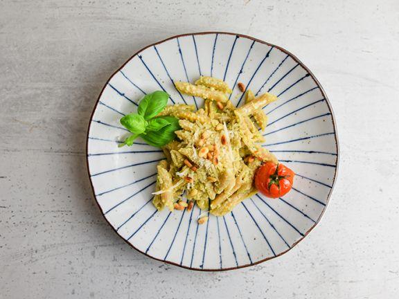 Pasta mit cremigem Pesto