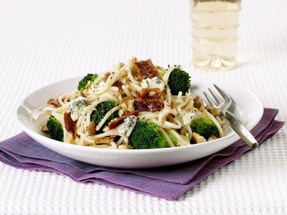 Pasta mit Gorgonzola, Brokkoli und Bacon