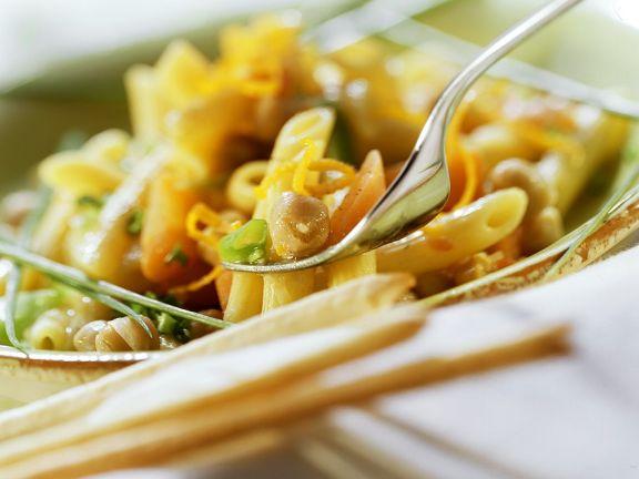 Pasta mit Kichererbsen und Möhren