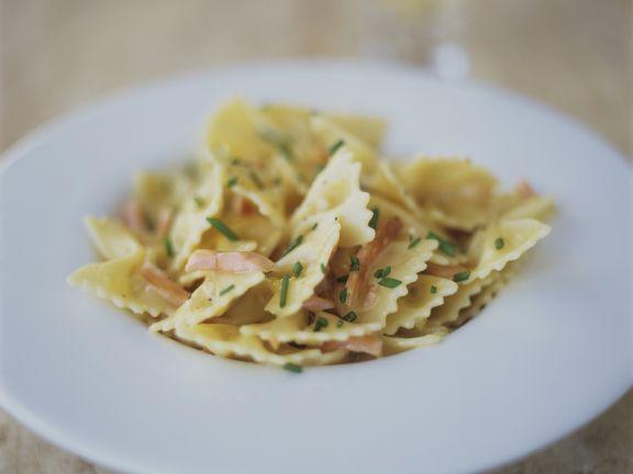 Pasta mit Lachs-Sahne-Soße
