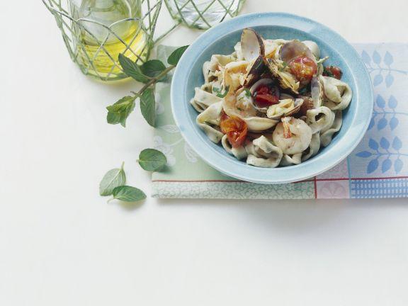 Pasta mit Meeresfrüchten und Minze