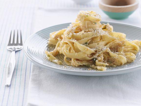 Pasta mit Pfeffer und Parmesan
