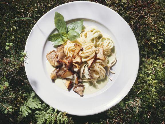 Pasta mit Pilzen und Basilikum