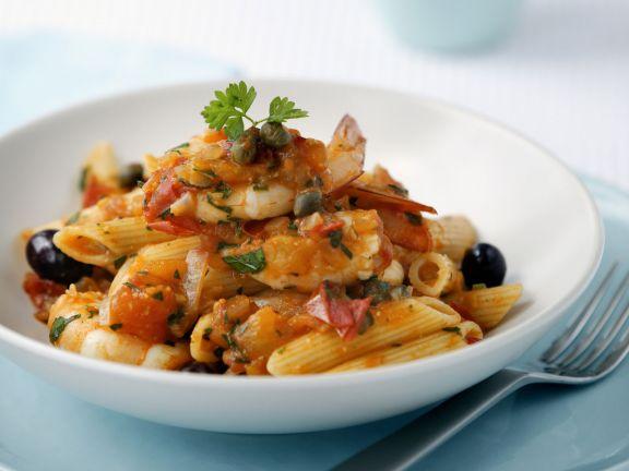 Pasta mit Scampi und Oliven