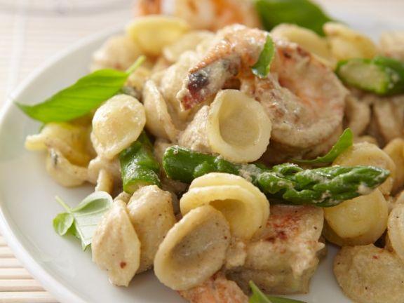 Pasta mit Shrimps und Spargel