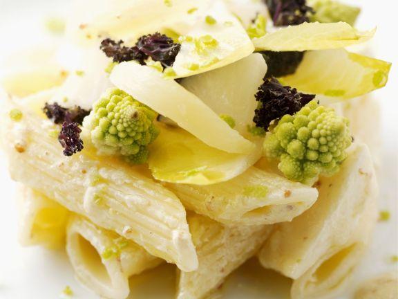 Pastasalat mit Romanesco