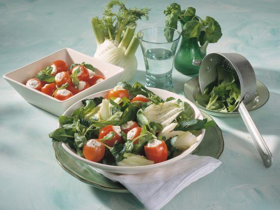 Petersilien-Spinatsalat mit gefüllten Kirschtomaten