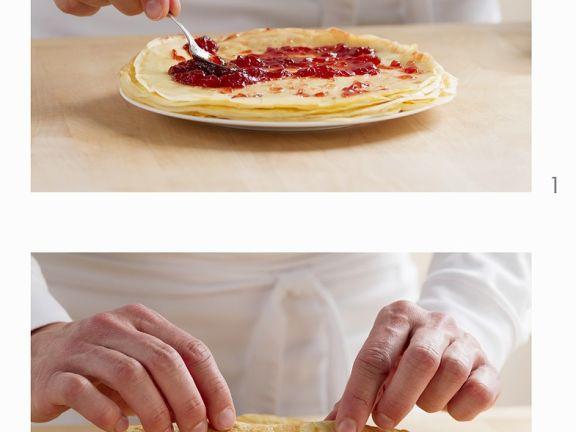 Pfannkuchen mit Marmeladenfüllung herstellen