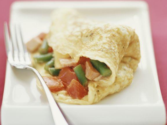 Pfannkuchen mit Schinken-Tomaten-Füllung
