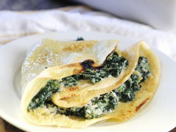 Pfannkuchen mit Spinat-Ricotta-Füllung
