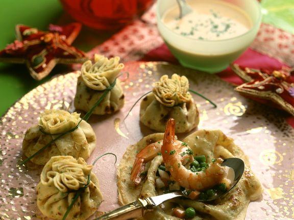 Pfannkuchen-Säckchen mit Garnelenfüllung
