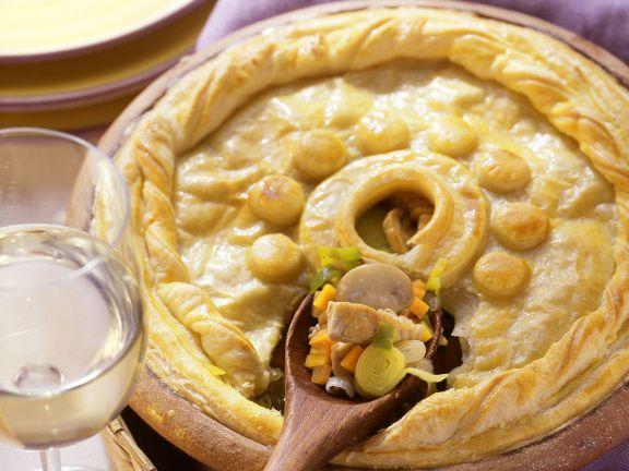 Pie mit Geflügel