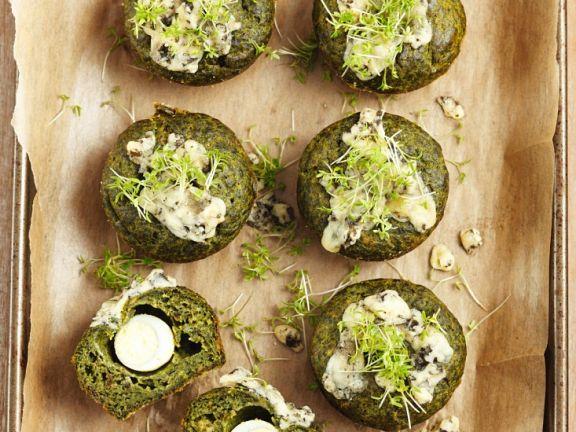 Pikante Muffins mit Spinat