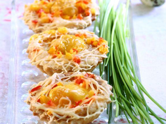 Pikante Törtchen mit Ei und Käse