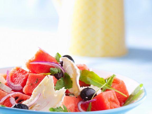 Pikanter Melonensalat mit Ziegenweichkäse