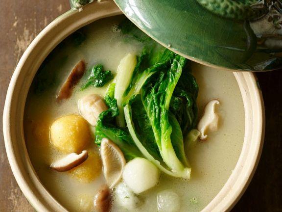Pilz-Bällchen-Suppe