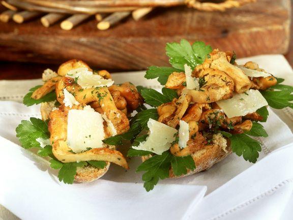 Pilz-Parmesan-Brötchen