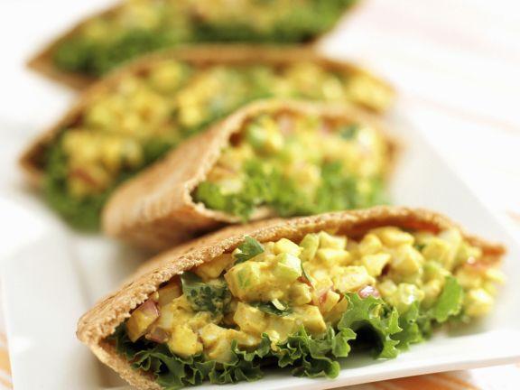 Pitataschen mit Eiersalat