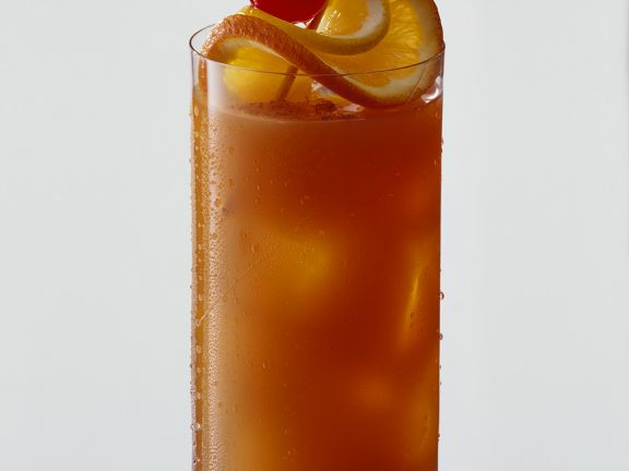 Planters Punch Rezept | EAT SMARTER on