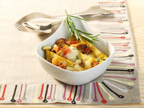 Polenta-Auflauf mit Champignons und Zucchini