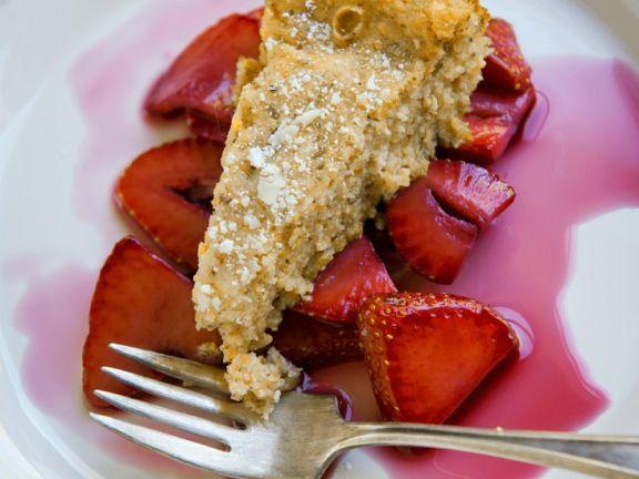 Polentakuchen mit Erdbeeren
