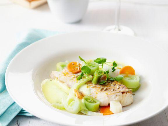 Porchierter Kabeljau mit Gemüse