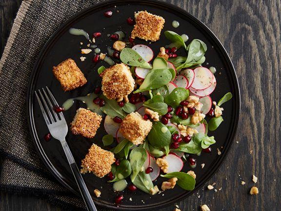 Portulak-Radieschen-Salat mit Sesamtofu