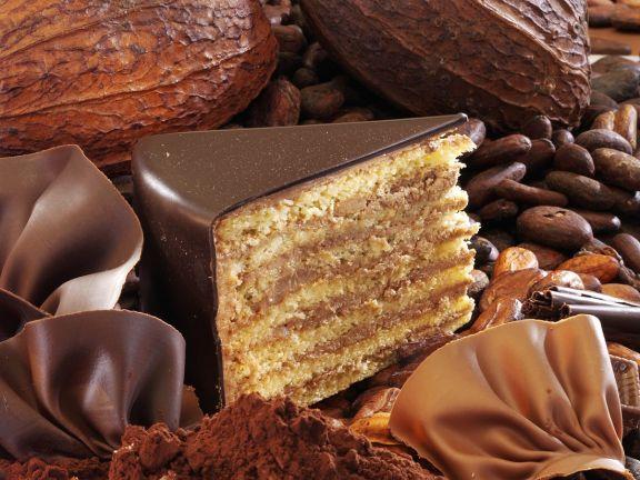 Prinzregententorte mit Schokoladenglaur