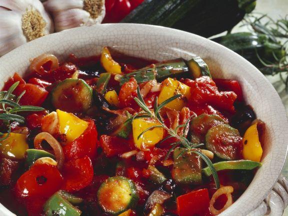 Provenzalisches Gemüse mit Rosmarin (Ratatouille)