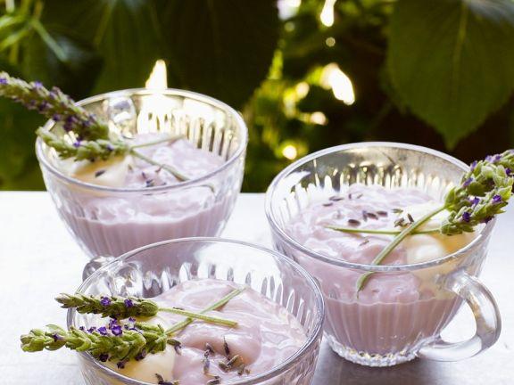 Pudding mit Lavendel