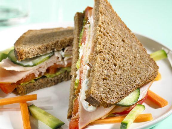 Puten-Gemüse-Sandwich
