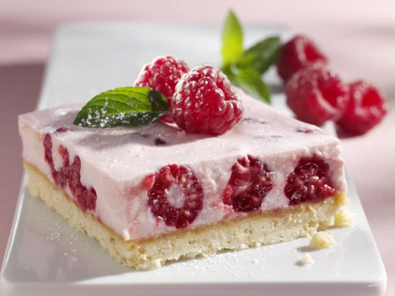 quarkschnitte mit himbeeren rezept eat smarter. Black Bedroom Furniture Sets. Home Design Ideas