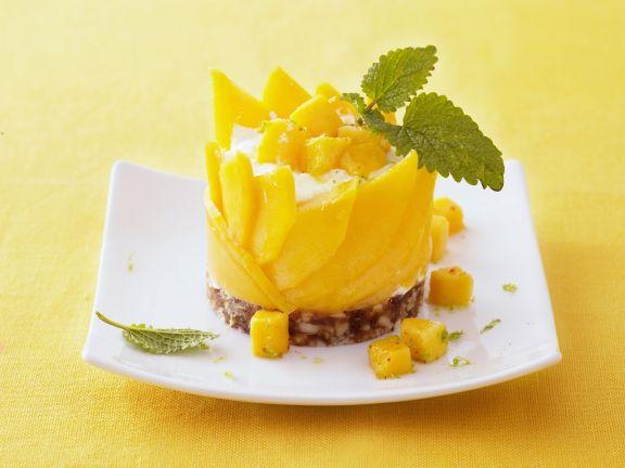 Quarktörtchen mit Mango und Dattel