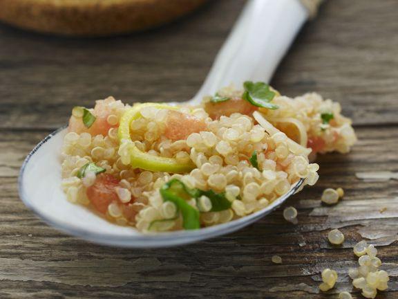 Quinoa-Salat auf libanesische Art (Tabouleh)