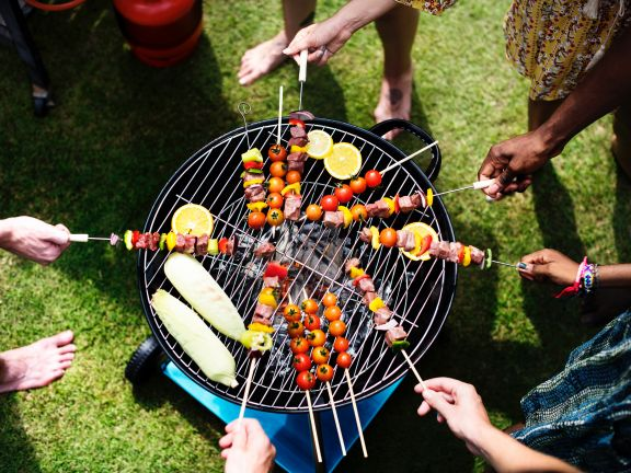 Eine Grillparty macht viel Spaß | Photo © Unsplash/rawpixel