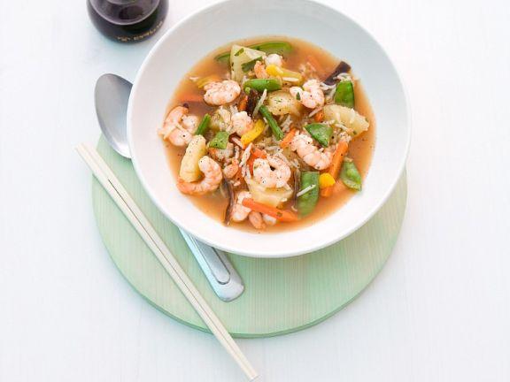 Reis-Gemüsesuppe mit Shrimps