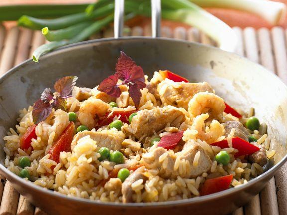 Reis mit Hähnchen und Shrimps