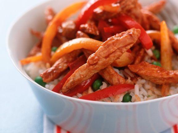 Reis mit Hähnchengeschnetzeltem