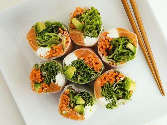 Reispapierröllchen mit Gemüsefüllung