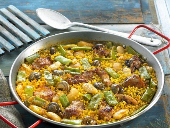 Reispfanne mit grünem Bohnen (Paella)