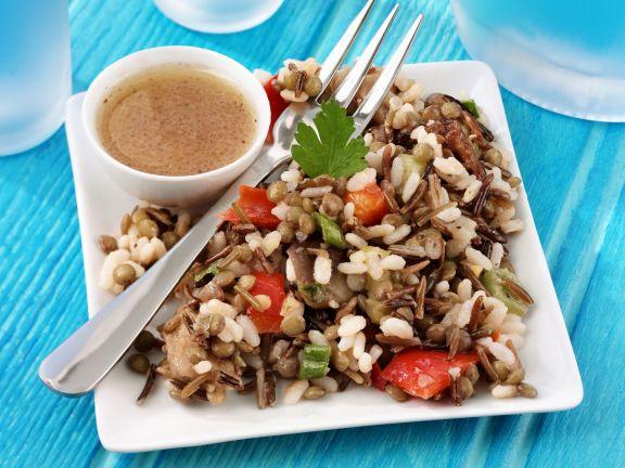 Reissalat mit Linsen, Auberginen und Paprika