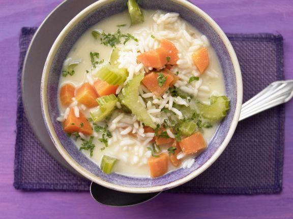 Reissuppe auf griechische Art
