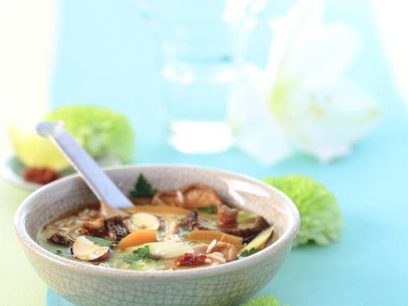 Reissuppe mit Pilzen