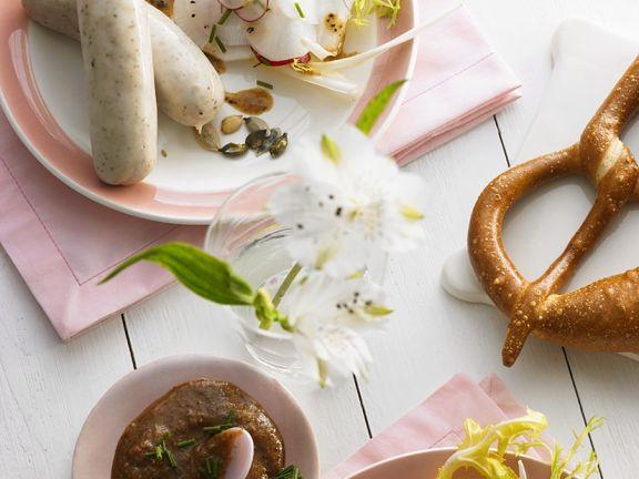 Rettichsalat mit Senfdressing zu Weißwürsten