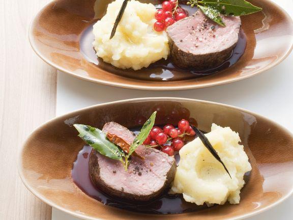Rinderfilet auf Johannisbeer-Cassis-Sauce