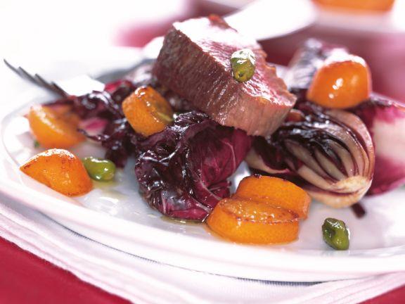 Rinderfilet mit Radicchio und Kumquats